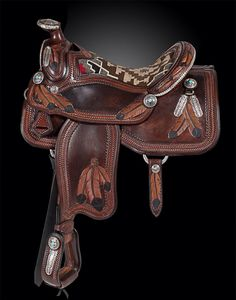 New saddle from Skyhorse saddles co designed with me :)