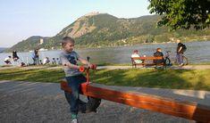 Kirándulás gyerekekkel Budapesttől maximum 60 km távolságra, napos és felhősebb időben is, gyerekbarát helyekkel, játszóterekkel, erdei és városi túrákkal. Budapest