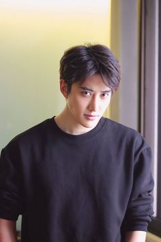 MIKE D'ANGELO❤❤ #DORAMAS #OPPAS #Andressalepera Cute Asian Guys, Asian Boys, Asian Men, Asian Actors, Korean Actors, Hot Actors, Actors & Actresses, Mike D Angelo, My Superman
