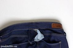 How to alter your jeans waistband, to take in a too big waist and remove the gap. A sewing DIY. Make Skinny Jeans, Altering Jeans, Sewing Jeans, Sewing Alterations, Learn To Sew, Sewing Techniques, Sewing Hacks, Diy Clothes, Smocking