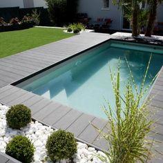 42 Ideas For Modern Landscape Design Pool Patio Small Swimming Pools, Small Pools, Swimming Pools Backyard, Swimming Pool Designs, Lap Pools, Indoor Pools, Pool Decks, Landscaping With Rocks, Modern Landscaping