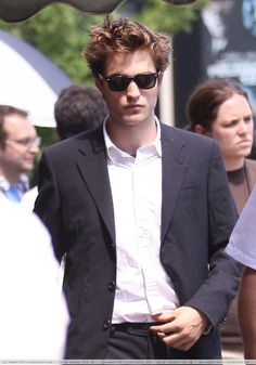 Robert Pattinson on the Set of Remember Me – Part VI   Thinking of Rob