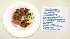 Entenbrust auf Sesamcreme mit Rosenkohl und Spitzkohlsalat