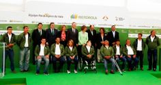 Con S.M la Reina Doña Sofía en la presentación del Equipo de Vela Paralímpica 2014
