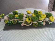 Pasencreatief Art Floral, Flower Arrangements, Wreaths, Box, School, Flowers, Floral Arrangements, Spring, Easter
