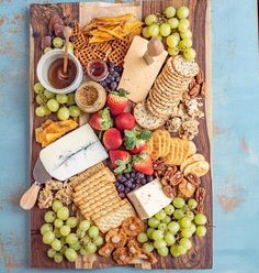 My Favorite Classic Cheese Board — This classic cheese board has a little something for everyone! I like to fill my cheese boards with sweet, savory, and salty elements to round out the flavors and textures. Charcuterie Platter, Charcuterie And Cheese Board, Cheese Boards, Party Food Platters, Cheese Platters, Party Trays, Easy Healthy Dinners, Healthy Recipes, Appetizers For Party