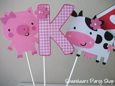 farm Farm Animal Party, Farm Animal Birthday, Barnyard Party, Farm Birthday, Farm Party, 1st Birthday Parties, Birthday Ideas, Old Macdonald Birthday, Little Pumpkin Party