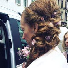 Schminktante, Braut, Brautfrisur, Brautstyling, Bridalstyle, Steckfrisur, Hochzeit, Wedding