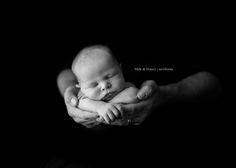 Inspiring Interview featuring Milk & Honey Photography at http://learnshootinspire.com/. #newborn #photography
