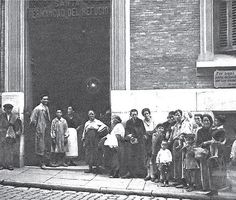 1928. La Hermandad del Refugio en la Corredera Baja de San Pablo | Flickr: Intercambio de fotos