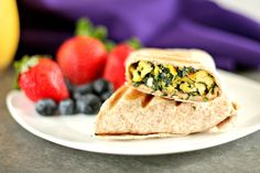Chocolate & Chillies - Recipes. Reviews. Giveaways.: Spinach, Egg and Feta Breakfast Wrap