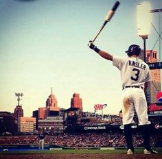 Cool picture of Ian Kinsler in Comerica Park.