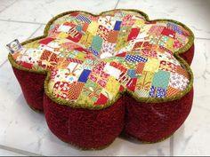 Faça uma linda almofada usando tiras de tecido! - YouTube
