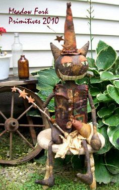 Original Halloween Chesire Cat. Created by Meadow Fork Primitives.