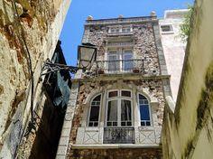 Lisboa, Portugal. Palacete do Chafariz D'El Rei ou Palacete das Ratas, Alfama.