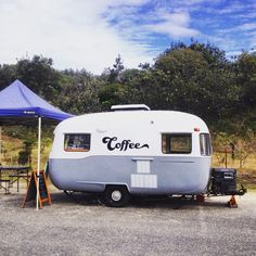 High Tide Espresso - Coffs Harbour (NSW, Australia). 1961 Sunliner Caravan converted into a mobile cafe :)