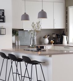 inspiring modern scandinavian kitchen design ideas 51 ~ Home Design Ideas Farmhouse Style Kitchen, Modern Farmhouse Kitchens, Rustic Kitchen, Kitchen Decor, Kitchen Ideas, Kitchen Designs, Farmhouse Sinks, Contemporary Kitchens, Diy Kitchen