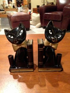1950s Ceramic Cat Bookends by HighleyVintage on Etsy, $20.00