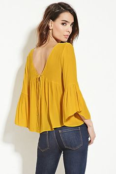 Contemporary Shirred Blouse, maybe could double as an outer if all buttons Kurta Designs, Blouse Designs, Blouse Styles, Mode Kimono, Color Combinations For Clothes, Yellow Fashion, Blouse Outfit, Casual Tops, Chiffon Tops
