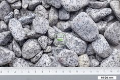 Gletsjer grind geleverd in bigbag | siergrindwinkel.nl Gletsjer grind is van graniet. Door de exclusieve uitstraling zijn deze soorten grind bij uitstek geschikt om accenten in uw tuin aan te brengen