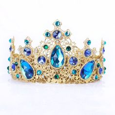 Fulfill a Wedding Tradition with Estate Bridal Jewelry Rose Gold Bridal Jewelry, Bridal Jewelry Vintage, Red Jewelry, Bridal Earrings, Fashion Jewelry, Gold Jewellery, Bridal Jewellery, Crystal Jewelry, Gold Tiara Crown
