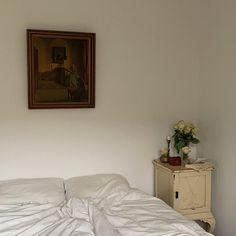 Tuscan Bedroom, Simple, Instagram Posts, Copenhagen, Furniture, Interiors, Home Decor, Life, Decoration Home