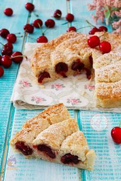 Cheese cake cherry ideas for 2019 Pie Recipes, Sweet Recipes, Dessert Recipes, Cooking Recipes, Italian Cake, Sweet Buns, Torte Cake, Sweet Pastries, Galette