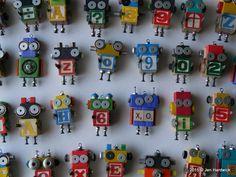 Robot ornaments by Jen Hardwick. $19.00 + shipping. www.etsy.com/shop/redhardwick