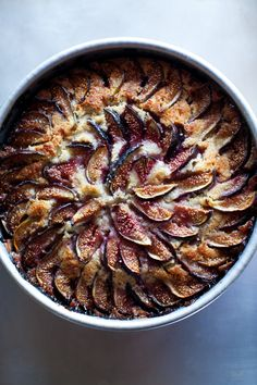 Fig, yogurt, and almond cake with extra figs
