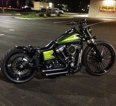 Outstanding Harley davidson motorcycles photos are offered on our site. look at this and you wont be sorry you did. Custom Moped, Bobber Custom, Custom Choppers, Custom Harleys, Custom Motorcycles, Custom Bikes, Concept Motorcycles, Harley Davidson Photos, Harley Davidson Chopper