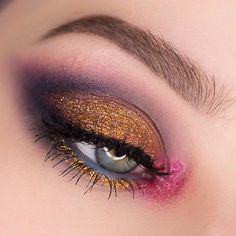 ☀️☀️ ¡Vive la México! ☀️☀️ Check out this gorgeous look by the incredibly talented @SultrySuburbia, featuring @litcosmetics #glitter in Mexican Lucky!  So beautiful!  It's the color of desert gold and tequila sunrise! ✨✨✨ Get TWO free glitters with your Lit at Sephora purchase!  Check beauty on the fly for your limited edition Lit Kit, then send your proof of purchase to sparkles@litcosmetics.com to receive your free glitters!  Check (hashtag)LitGWPinfo to find out more! ✨✨✨ #mua #musthave…
