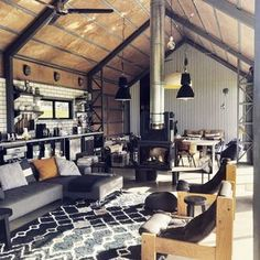 THE SHED, Gerroa - checkout on Sundays/Public Holidays Holiday House Gerroa South Coast Shed Homes, Cabin Homes, Transformer Un Garage, Casas Containers, Barn Living, Barns Sheds, Home Renovation, House Plans, Shed To House