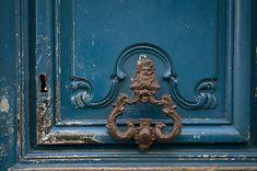 Bluedoorknockerblog.jpg