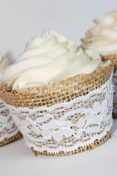 Real Lace Real Burlap cupcake wrapper lace by BizzyMomsCreations Maybe have cupcakes as a favor at the one of the evening? Package them in clear cups with clear wrapping and a bow. Burlap Cupcakes, Rustic Cupcakes, Pink Cupcakes, Cupcake Wrappers, Cupcake Cakes, Rose Cupcake, Cupcake Ideas, Wedding Cake Rustic, Lace Wedding