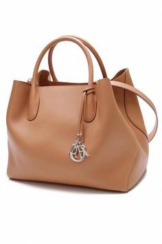 fb6d89fd859d Beyond luxurious #authenticdesignerhandbags #Pradahandbags  #Designerhandbags Purses And Handbags, Hermes Handbags, Leather