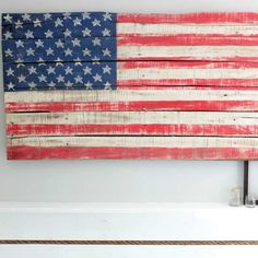 Make Your Own Flag From Pallets