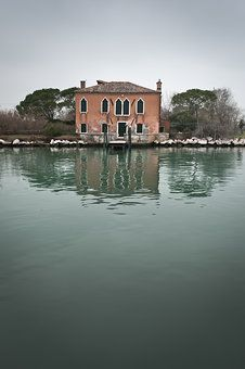 Isola dei Laghi 01|13