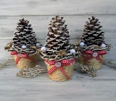 In this DIY tutorial, we will show you how to make Christmas decorations for your home. The video consists of 23 Christmas craft ideas. Pine Cone Christmas Tree, Large Christmas Baubles, Christmas Makes, Christmas Tree Toppers, Rustic Christmas, Simple Christmas, Christmas Diy, Christmas Wreaths, Christmas Ornaments