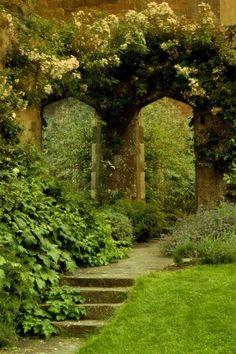 .Me gustan los espacios verdes! con aires, románticos!