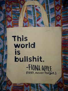 How could anyone ever forget this amazing speech?? I think all 90s kids will always remember Fiona Apples acceptance speech at the Mtv Music