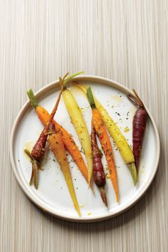 Steamed Baby Carrots with Orange-Dill Butter