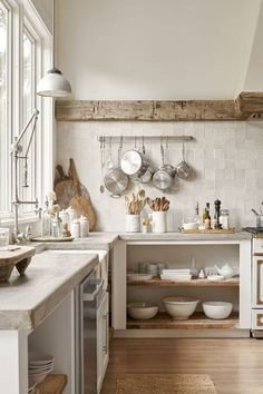Country Home Decor Beautiful Kitchen.Country Home Decor Beautiful Kitchen Home Decor Kitchen, Rustic Kitchen, New Kitchen, Home Kitchens, Kitchen Dining, Kitchen Ideas, Country Kitchens, Earthy Kitchen, Kitchen Retro