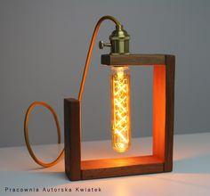 Table Lamp Wood, Wooden Lamp, Desk Lamp, Lampe Steampunk, Diy Lampe, Bois Diy, Handmade Lamps, Pipe Lamp, Porch Lighting