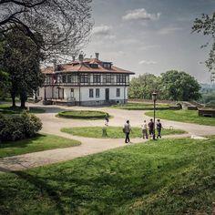 Fortress Belgrade // Kalemegdan ---------------------------- #neleilic #kalemegdan #belgrade #beograd #serbia #srbija #fortress #travel #nature #instagood #ig_belgrade #photography #travelgram #beogradnocu #novibeograd #photooftheday #sky #love #park #reka #instagram #srbijauslikama #belgradefortress #белград #clouds #tourist #instalike #сербия #picoftheday #belgrad