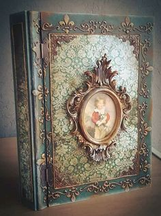 Discover recipes, home ideas, style inspiration and other ideas to try. Decoupage Vintage, Decoupage Box, Halloween Spell Book, Halloween Spells, Handmade Journals, Handmade Books, Vintage Book Covers, Vintage Books, Old Books