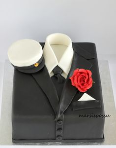 Marsispossu: Ylioppilaskakku, Graduate cake Cake Toppers, Cake Decorating, Graduation, Celebrities, Baking Ideas, Party Ideas, Student, Dessert, Cakes