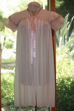 So pretty Rapunzel, Fancy Dress, Cold Shoulder Dress, Trending Outfits, Lady, Pretty, Pink, Clothes, Vintage