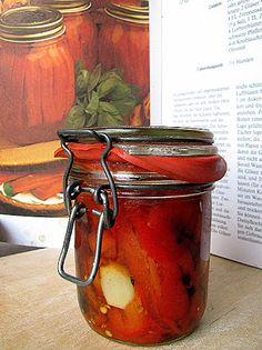 genussbereit: Selbst is(s)t der Mann: Geröstete Paprika Food Club, Canning Recipes, Preserves, Tapas, Clean Eating, Food And Drink, Jar, Snacks, Cooking