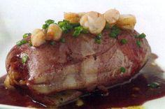 Receta de Calamares al Oporto en http://www.recetasbuenas.com/calamares-al-oporto/ Cocina unos sabrosos calamares al Oporto de forma fácil y rápida. Un guiso de calamares rellenos con vino Oporto muy sencillo.  #recetas #Pescado #calamares