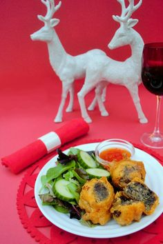 These are a must. So delicious! Beer Battered Veggie Haggis Balls. The beer batter is easy to make and lightly spiced The balls themselves are a combination of veggie haggis, black beans and spices. Quick and easy to make, but perfect party food or as a starter.